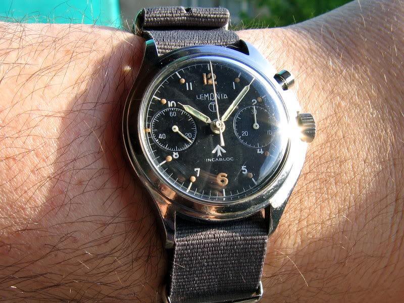 Les montres militaires : Votre avis 2220s8
