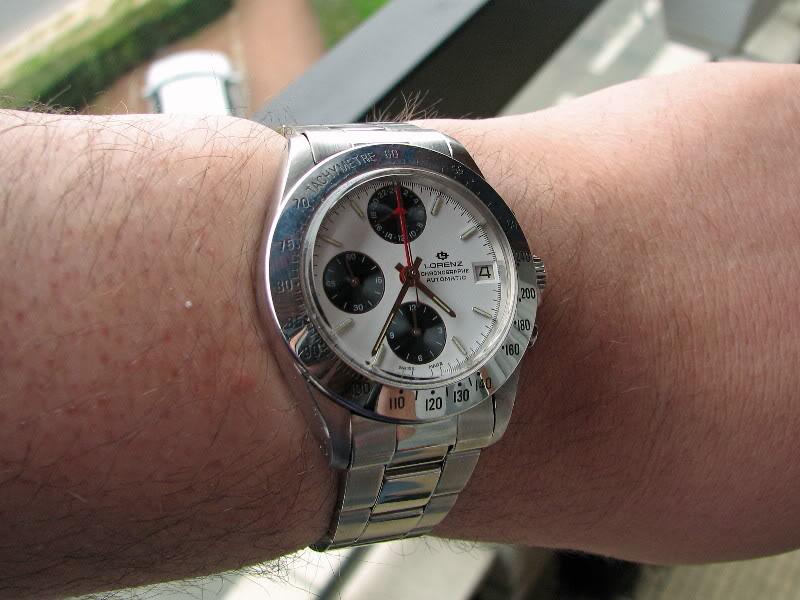 Cette montre aurait dû être celle de Chuck Maddox... Lorenzchuck5
