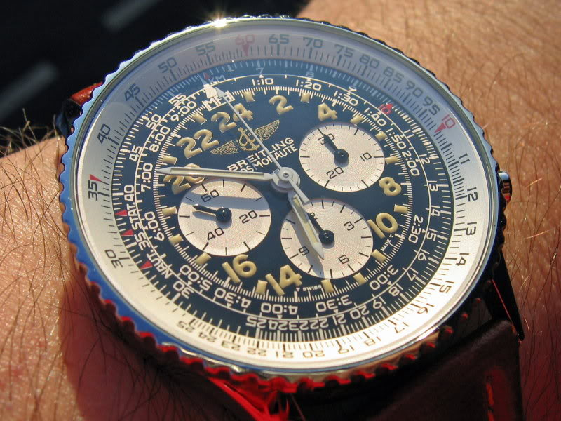 Le choc ! Breitling Navitimer vs Omega Speedmaster - Page 2 Cosmo8c