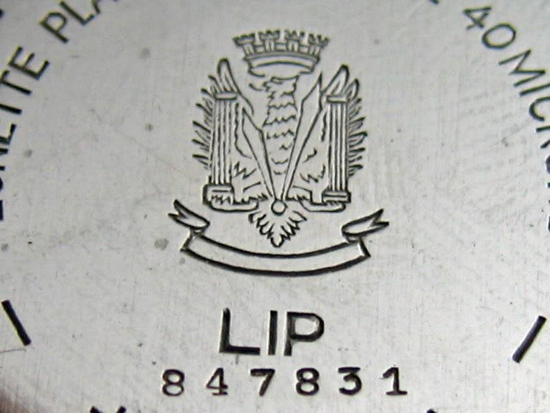 Recensement des marques dont le logo est une couronne (ou la symbolique) Lipcrown