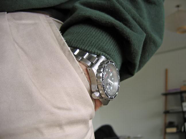 panerai - vos bracelets acier preferes ? - Page 3 Sarwrist5s