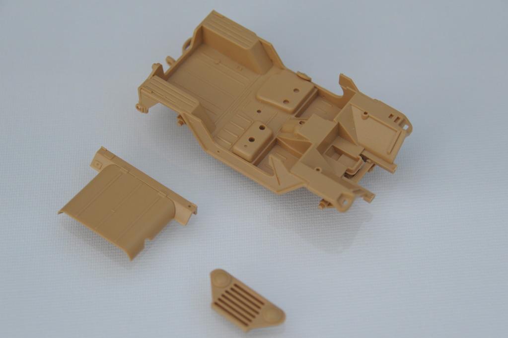 "[Christophe Jacquemont] Conversion ""Super Jeep"" KIRIN sur M151A2 Tamiya POZ_4701"