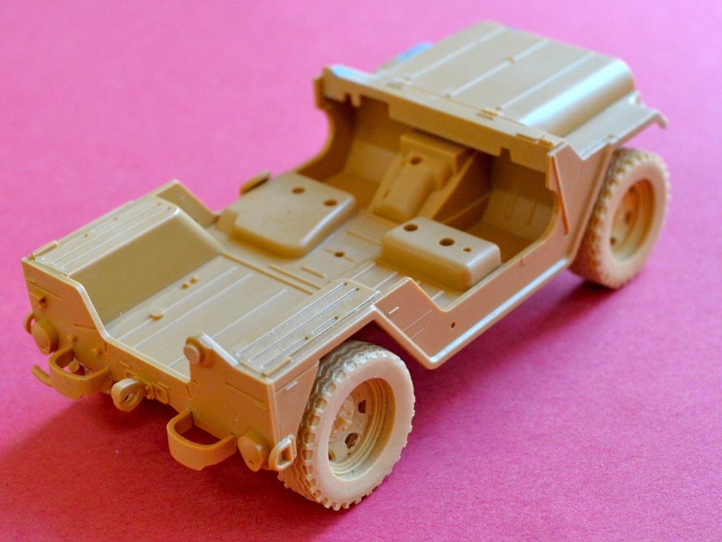 "[Christophe Jacquemont] Conversion ""Super Jeep"" KIRIN sur M151A2 Tamiya POZ_4709"