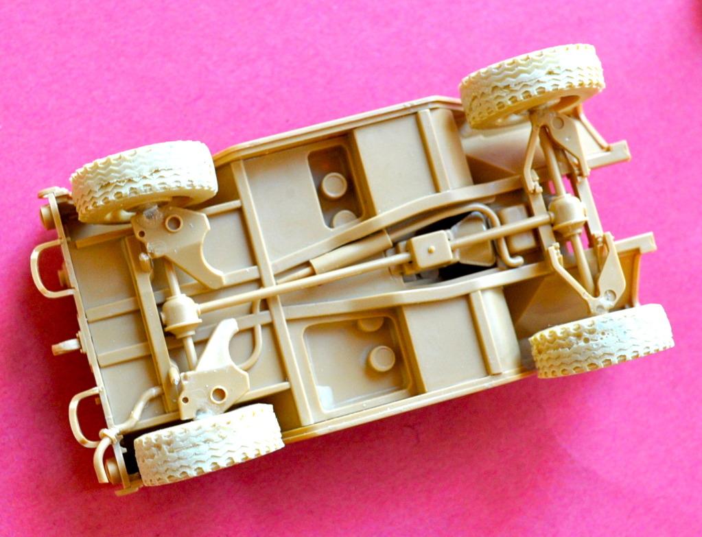 "[Christophe Jacquemont] Conversion ""Super Jeep"" KIRIN sur M151A2 Tamiya POZ_4710"