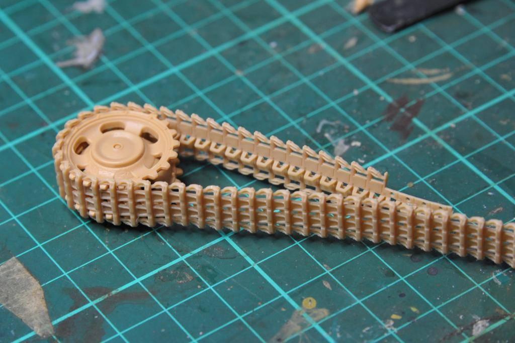 *Terminé!* StuG III Ausf G avec roues métalliques (base Tamiya 1/35). BER_8836