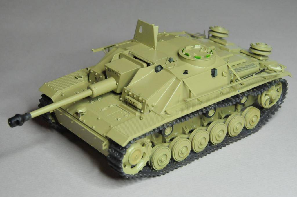 *Terminé!* StuG III Ausf G avec roues métalliques (base Tamiya 1/35). WAS_6695