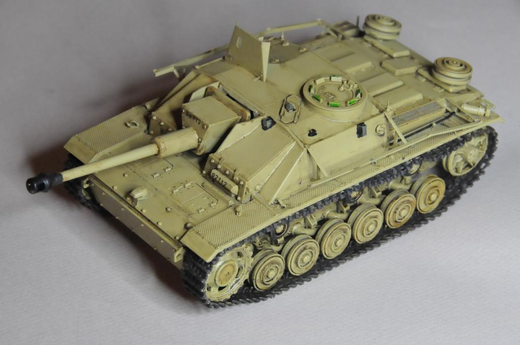 *Terminé!* StuG III Ausf G avec roues métalliques (base Tamiya 1/35). - Page 2 WAS_6750