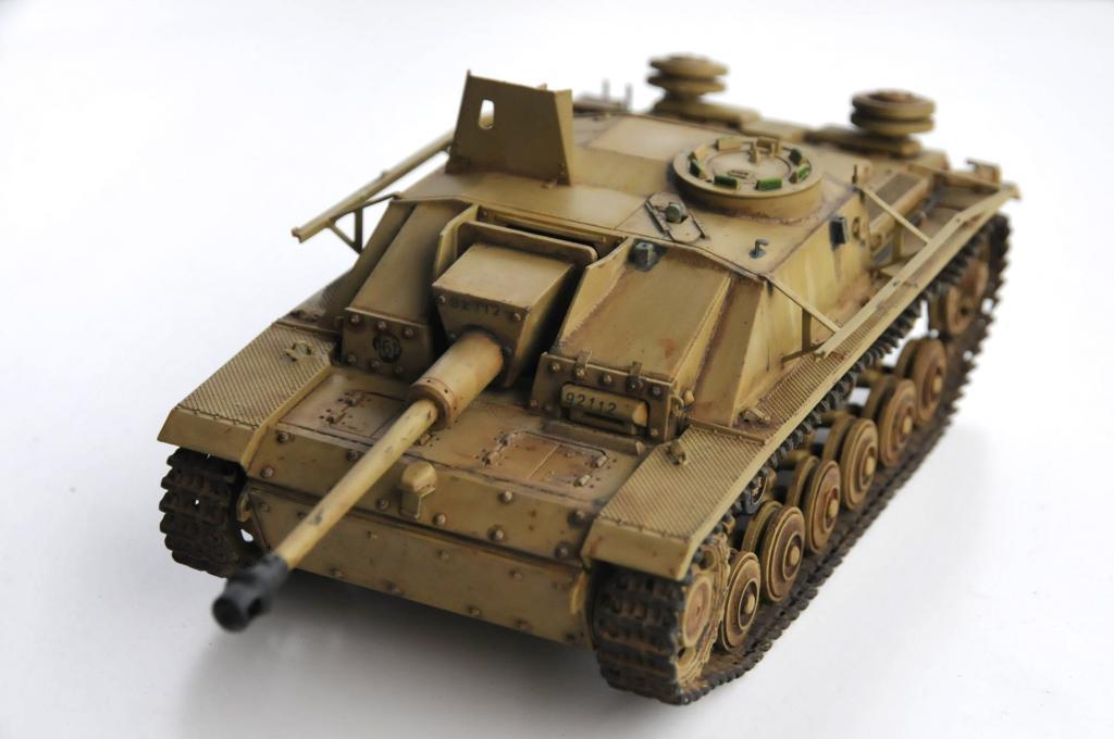 *Terminé!* StuG III Ausf G avec roues métalliques (base Tamiya 1/35). - Page 2 WAS_6783