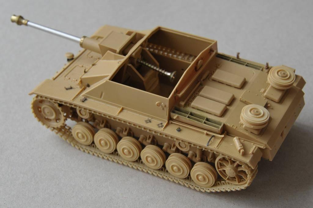 *Terminé!* StuG III Ausf G avec roues métalliques (base Tamiya 1/35). _JPG3395