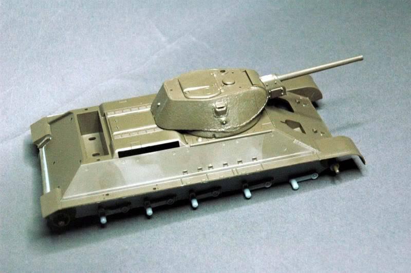 T34 Tamiya au 1/48. T34hullturret