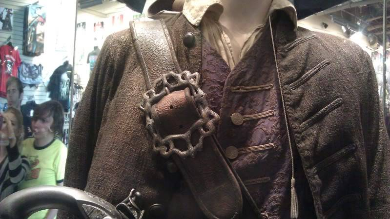 Jack Sparrow costume  on display at Hot Topic at Hollywood & Highland - Page 2 IMAG0075