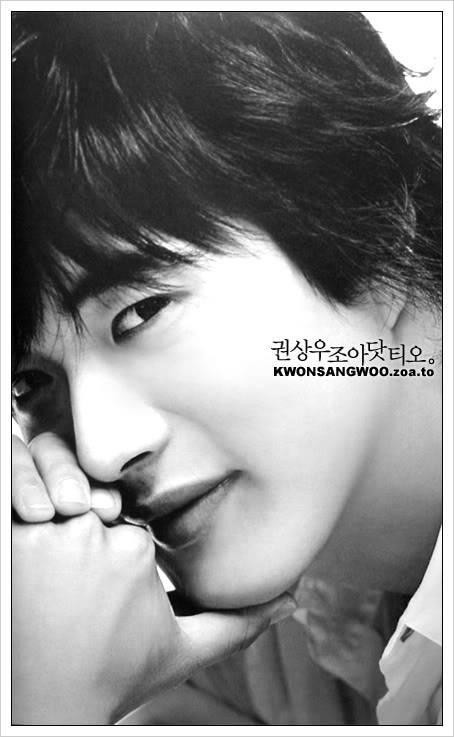 Kwon Sang Woo en imágenes (tomen sus precauciones) - Página 2 Kwonc2005new0501009ub