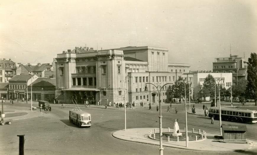 Slike Beograda sad i nekad.. - Page 6 Trgrepublike
