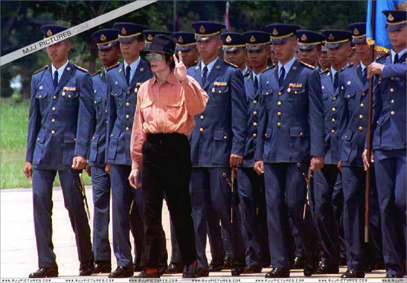 1993- Michael In Bangkok 001-39