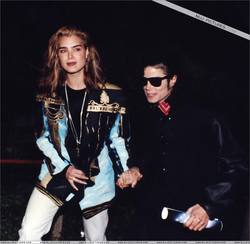 1991- Michael and Brooke Shields at The Inn Of The Seventh Ray Restaurant 002-22