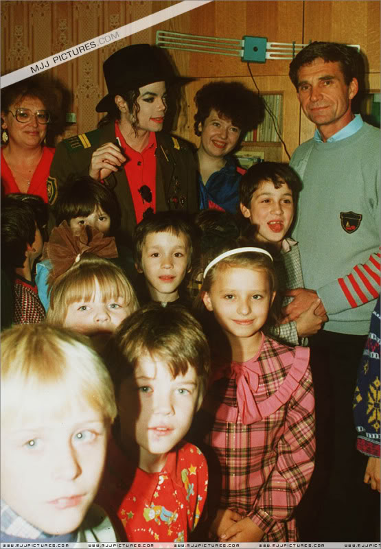 Michael Visits An Orphanage In Moscow 003-43