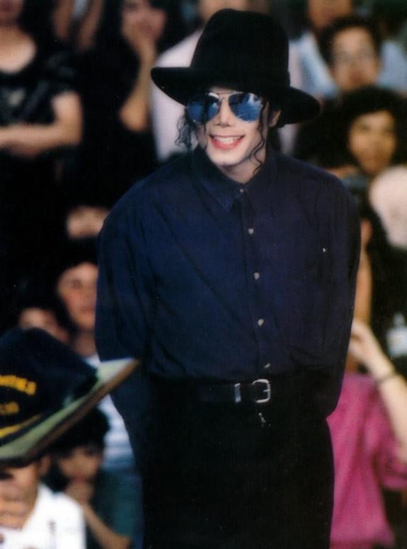 Michael Visits Japan 003-46