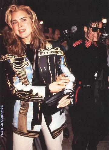 1991- Michael and Brooke Shields at The Inn Of The Seventh Ray Restaurant 009-17