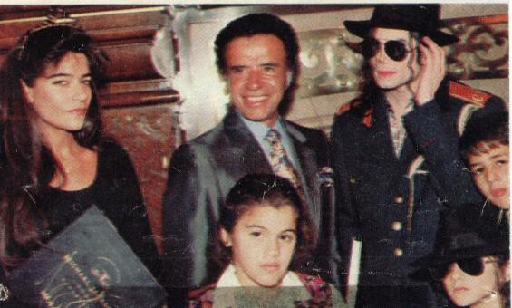 1993- Michael Visits Buenos Aires 015-20