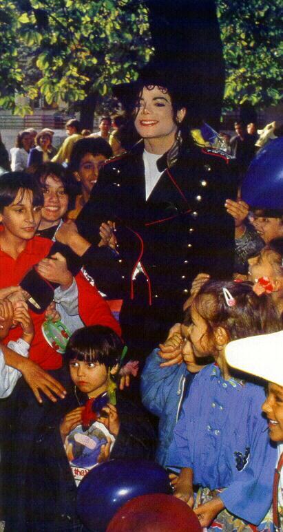 1992- Michael Visits Bucharest 019-14