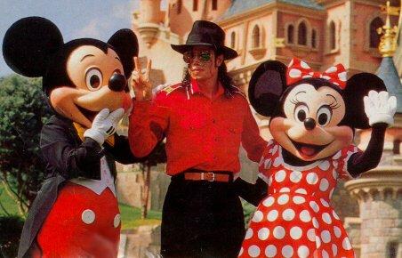 1992- Michael Visits Disneyland Paris 023-13
