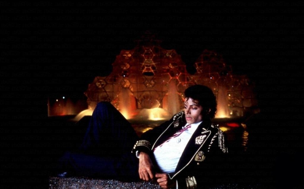 Lynn Goldsmith Photoshoot 1984 5-43