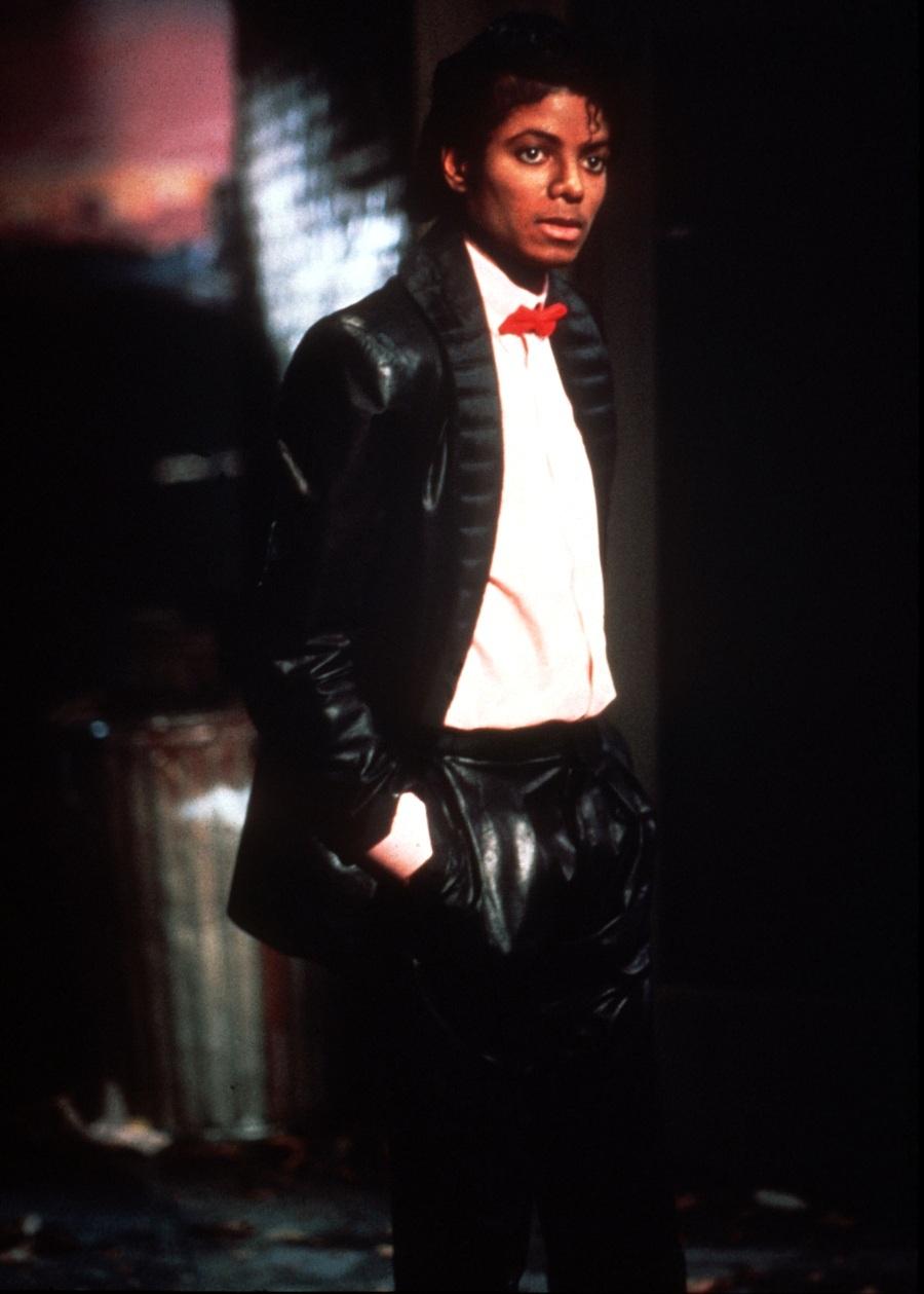 ''Billie Jean'' Set 6-35
