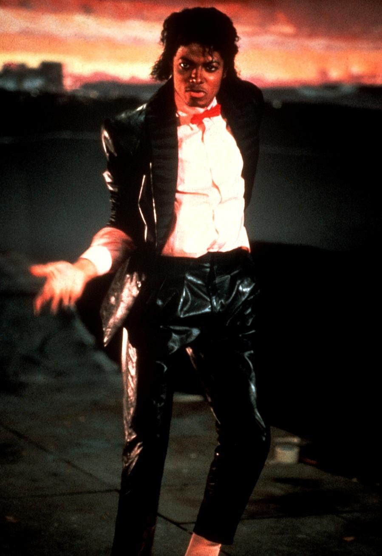 ''Billie Jean'' Set 7-30