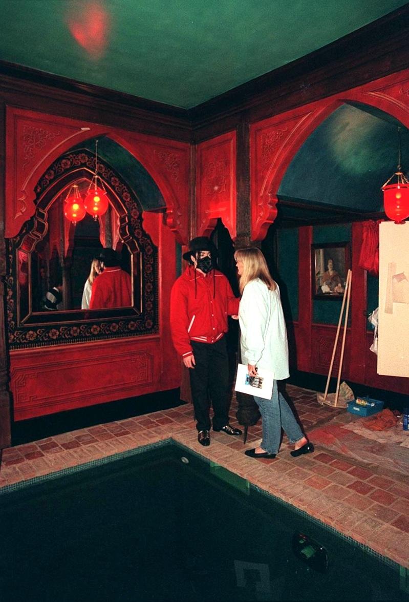 """Guía turística: """"Conocí a MJ en un castillo en 1997"""" 3-47"""