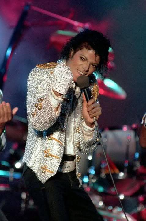 Seeing Michael Jackson in Concert 01-140