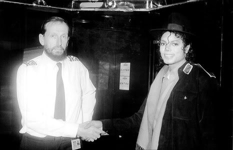 Michael Jackson and the Dover ferry captain 223288_202717246432902_110570722314222_477425_3510302_n