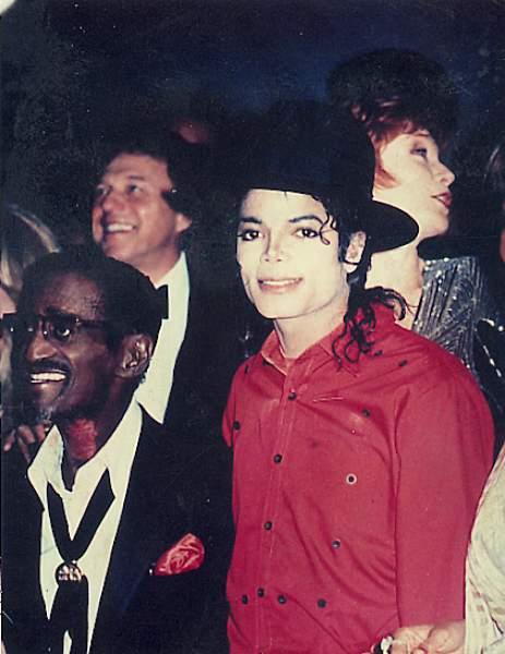 Michael's Favorite Musicians - Page 2 01-39