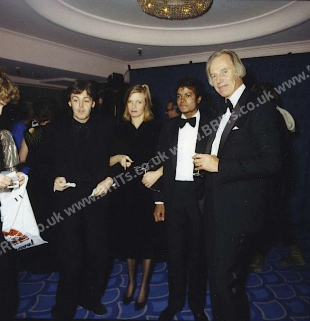 Michael's Favorite Musicians - Page 2 1983_0006
