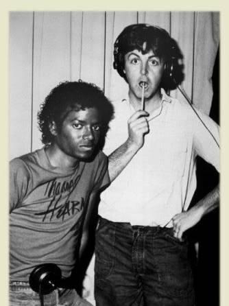 Michael's Favorite Musicians - Page 2 MJ-and-Paul-McCartney-michael-jackson-18068882-334-480