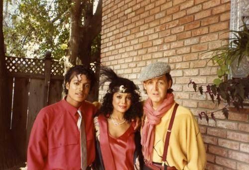 Michael's Favorite Musicians - Page 2 MichaelJacksonPaulMcCartneyegsfpg