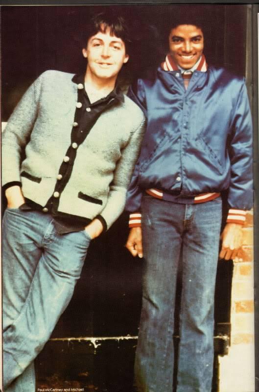 Michael's Favorite Musicians - Page 2 Paul-McCartney-and-Michael-Jackson-michael-jackson-29674821-529-799