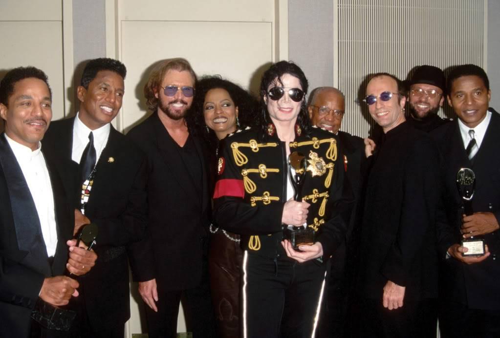 Michael's Favorite Musicians Ss-090626-MJfriends-beegees