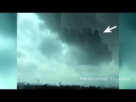 Thành phố bay kì lạ ở Trung Quốc 0