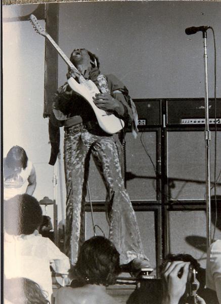 San José (Santa Clara County Fairgrounds) : 25 mai 1969 E6a99b3193a9fee558e3e5dd36e305a6
