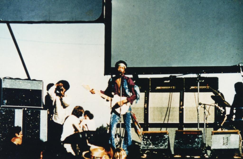 San José (Santa Clara County Fairgrounds) : 25 mai 1969 F2a4211c0b8d8e6c9f53413868a728a7