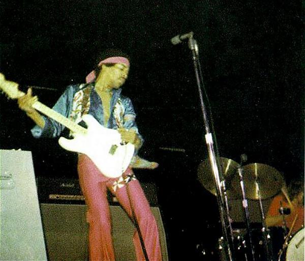 Indianapolis (Fairgrounds Coliseum) : 11 mai 1969 9ab2228c1cfb5a65f42880b3d4d76f7c