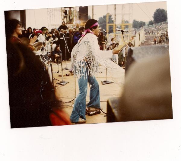 Live At Woodstock (1999) - Page 2 E0e0db00a5ae43f6ba9ed9fa0f362481