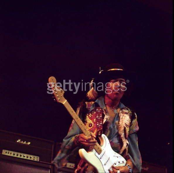 Londres (Royal Albert Hall) : 18 février 1969 D62f2b2877dcee3508678fa5d86ce8cf
