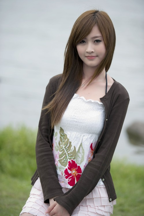 Vẽ đẹp trong sáng của con gái Việt Nam Bb106bad21aa43e68930f68ac6f87d04