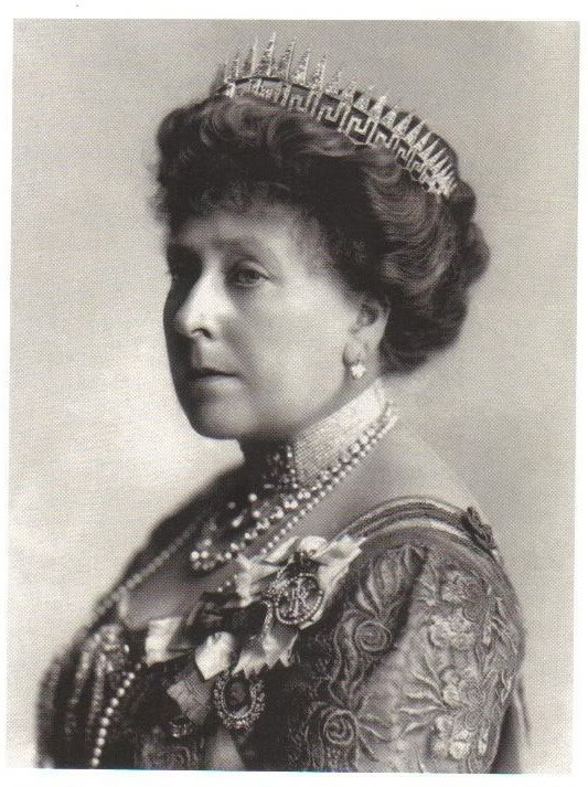 Reina Victoria - Página 10 PrincessBeatriceGreekKeySunrayTiara