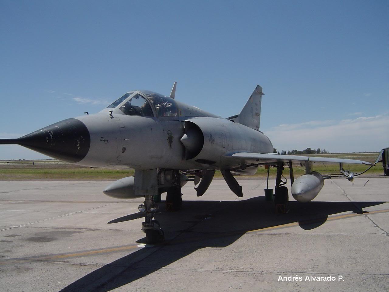 Aeronaves que participaron en la contienda. DSC03447