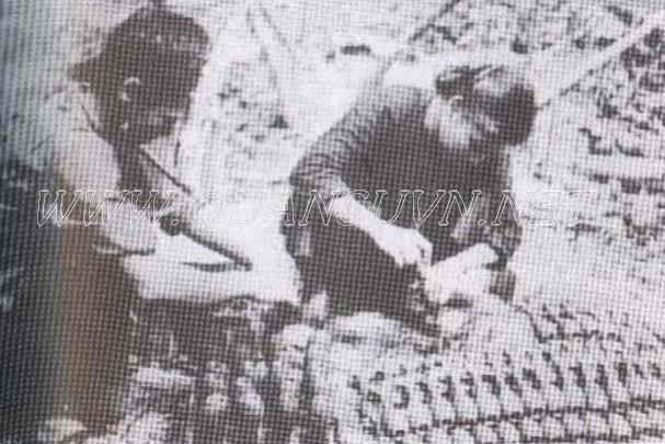 Vũ khí Việt Nam trong 2 cuộc kháng chiến - Page 3 NhoiAT