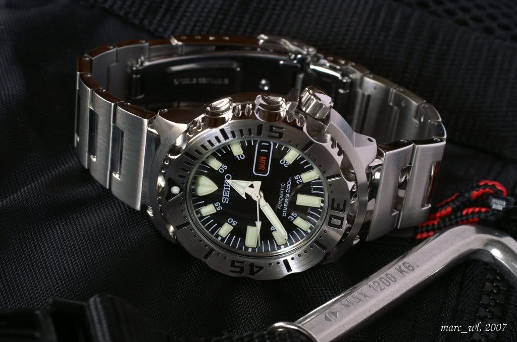 Vos conseils pour l'achat d'une montre de plongée ! Monster_008
