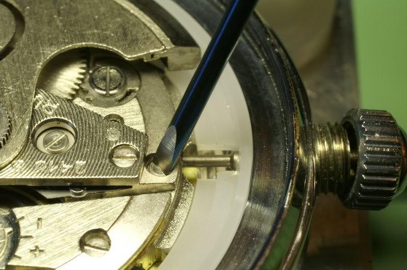 Anatomie d'une Vostok et réparation (partie 1) Amphibia_0034