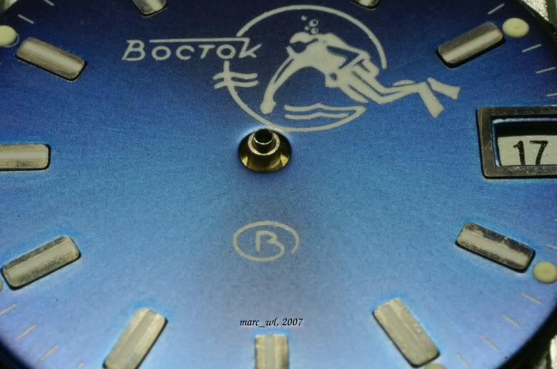 Anatomie d'une Vostok et réparation (partie 1) Amphibia_0052